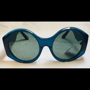 Elizabeth and James Jane Monochromatic Sunglasses
